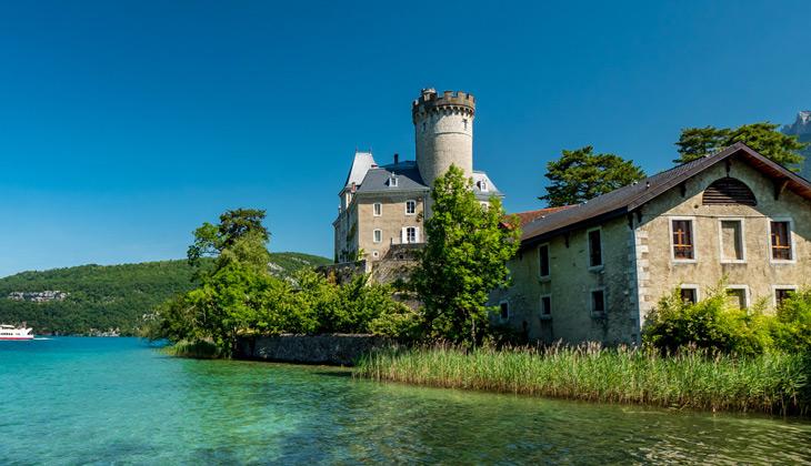 Découverte au fil de l'eau du Château de Duingt