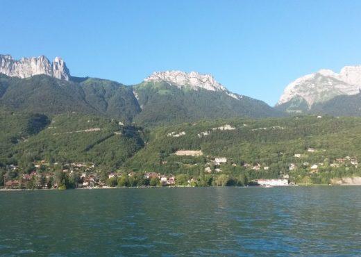 Baie-de-Talloires-depuis-le-lac-1030x580
