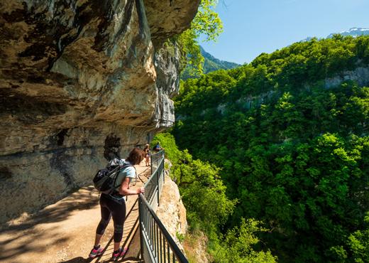 En route pour la cascade d'Angon