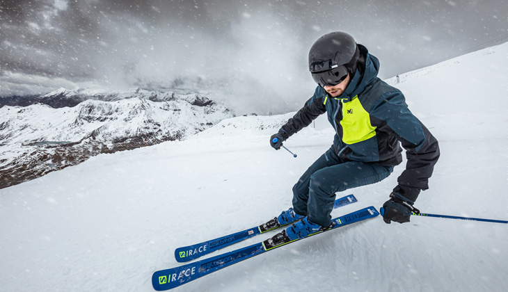 Sur les pistes en ski alpin